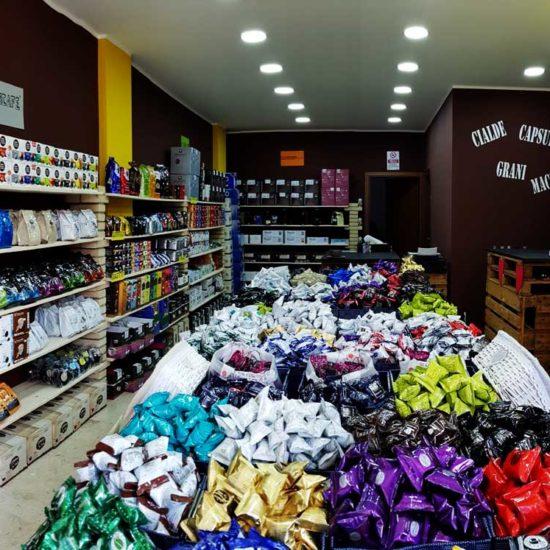 caffeina-store-punto-vendita-carvico-2