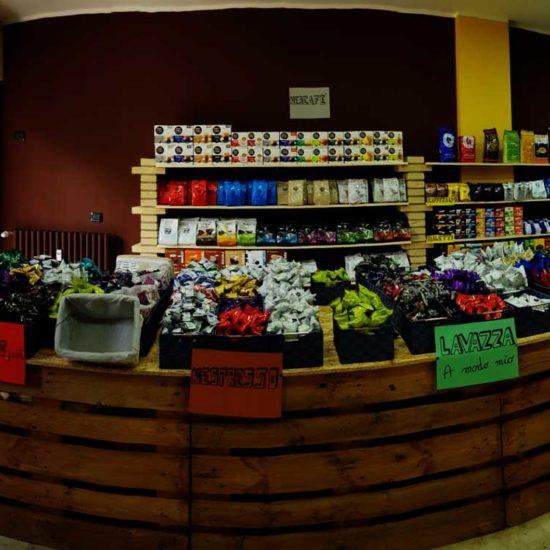 caffeina-store-punto-vendita-carvico-9