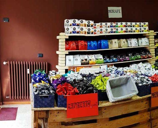 caffeina-store-punto-vendita-carvico-thumb-10