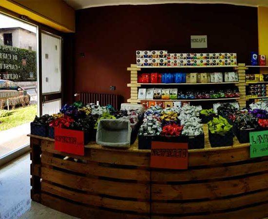 caffeina-store-punto-vendita-carvico-thumb-9